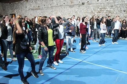 volonteri-shkm-a-se-okupili-uz-glazbu-ples-i-smijeh