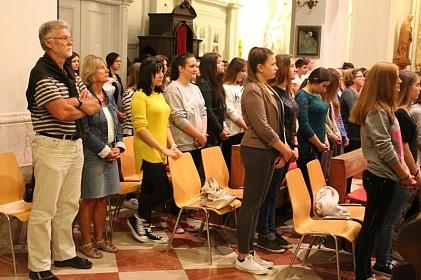 misom-i-zazivom-duha-svetoga-srednjoskolci-zakoracili-u-novu-skolsku-godinu