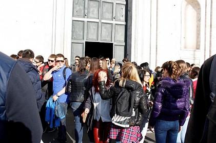 mladi-predali-papi-imena-1600-volontera-shkm-a-dubrovnik-2014