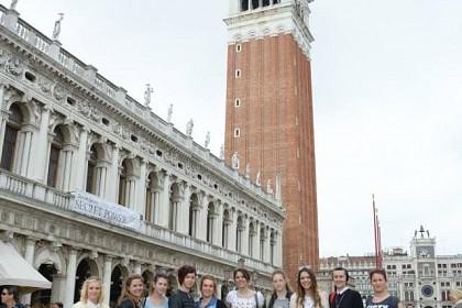 italija-ucenice-ud-paola-di-rosa-posjetile-svoju-zastitnicu