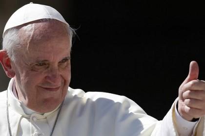 poruka-svetog-oca-franje-za-31-svjetski-dan-mladih