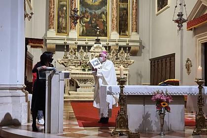 misa-za-mlade-s-nadbiskupom-matom