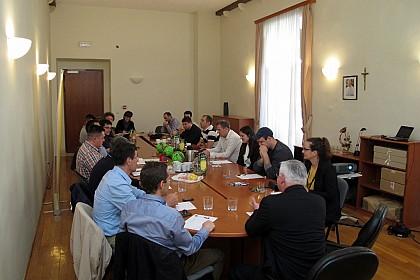 zavrsnica-kmnl-a-crkve-u-hrvata-igrat-ce-se-u-dubrovniku-od-26-do-29-svibnja-2016