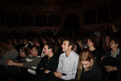 predstava-da-draga-odusevila-i-nasmijala-gledatelje
