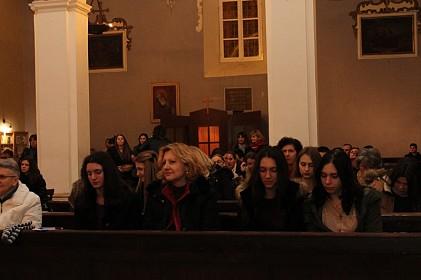 misa-za-mlade-s-cvrstom-vjerom-i-nenavezanoscu-mozes-sve