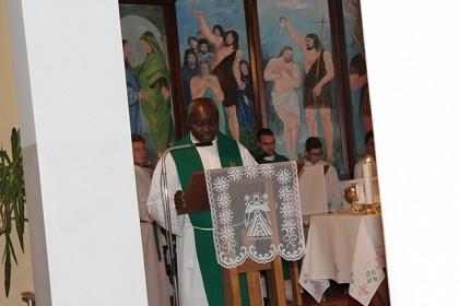 svjedocanstvo-hodocasce-mladih-iz-zupa-sv-mihajla-i-sv-petra-u-vukovar
