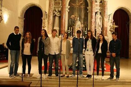 zbor-mladih-iz-rozata-na-desetom-susretu-zborova-u-zadru