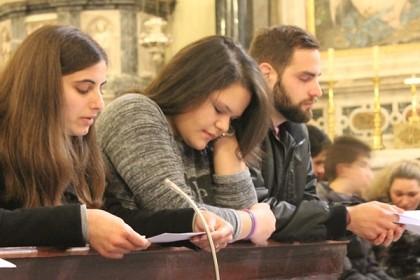 mladi-predvodili-prvi-sat-molitvene-akcije-quot-24-sata-za-gospodina-quot