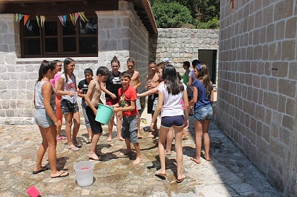 ljetni-kamp-za-djecu-na-otoku-sipanu